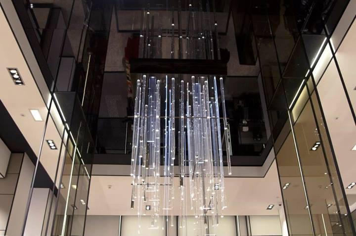 Mirror Ceiling Installation