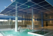 Ceiling with high gloss tiles
