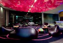 Wavy ceiling in hotel lobby