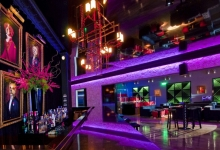 High gloss ceiling in prestige hotel