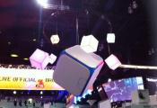 Expo with modular light panels