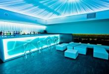 Stretch ceiling in nightbar