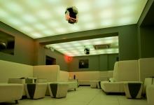 Nightclub with wavy ceiling