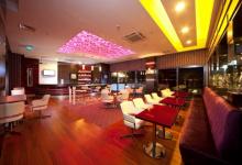 Restaurant luminous ceiling