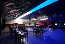 Luminous ceiling in restaurant