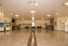 School with suspended ceiling