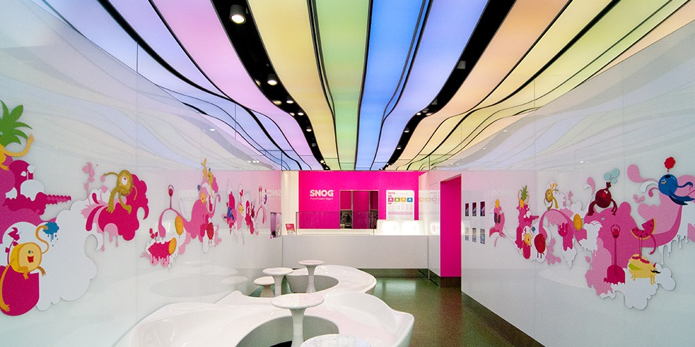 Beauty center with 3D ceiling