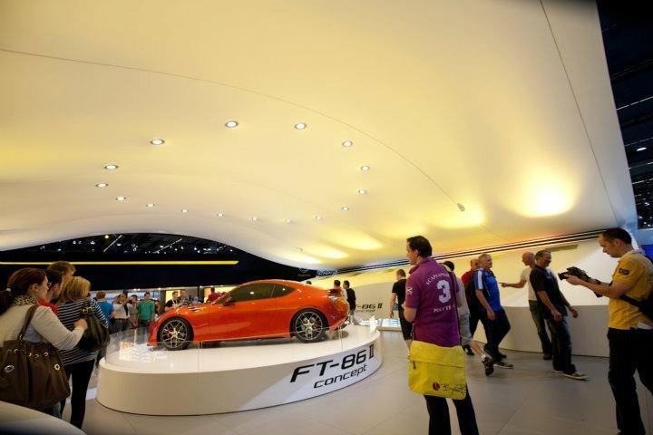 car-dealership-stretch-ceilings
